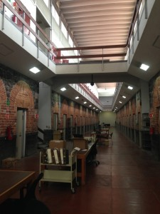 Image 6. Galería 4 (Gallery 4) of Mexico's Archivo General de la Nación, with old jail cells now used for document storage (taken by the author in 2015).