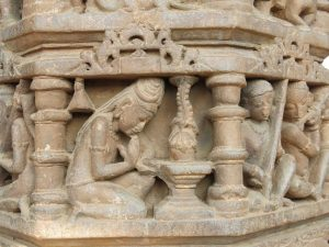 The Medieval Temple as Material Archive: Historical